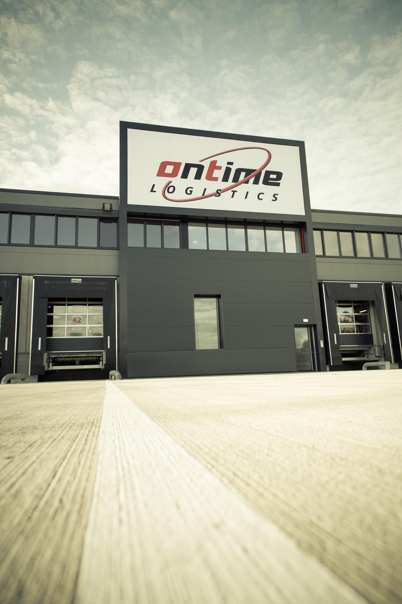 Ontime_Logistic_Sattledt_2015_AUTrenalinMEDIA-1954-2