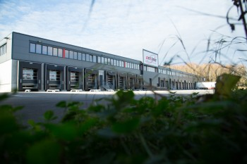Neues Logistikzentrum der Firma Ontime in Sattledt